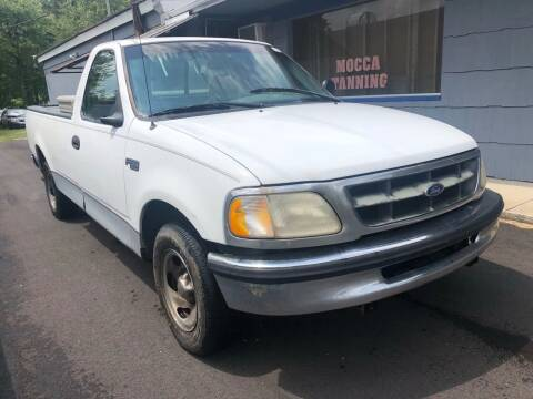 1998 Ford F-150 for sale at Wise Investments Auto Sales in Sellersburg IN