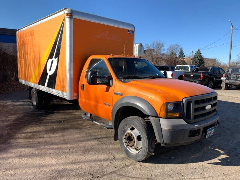 2005 Ford F-450 Super Duty for sale at BEAR CREEK AUTO SALES in Rochester MN
