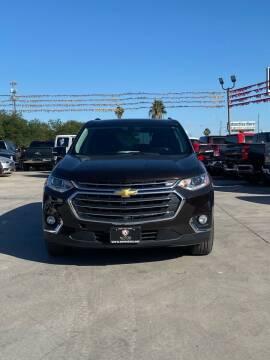 2018 Chevrolet Traverse for sale at A & V MOTORS in Hidalgo TX