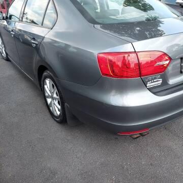 2012 Volkswagen Jetta for sale at Premium Motors in Rahway NJ