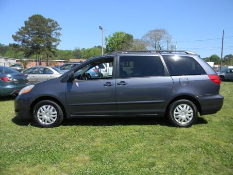 2009 Toyota Sienna for sale at SeaCrest Sales, LLC in Elizabeth City NC