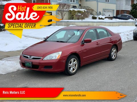 2007 Honda Accord for sale at Reis Motors LLC in Lawrence NY