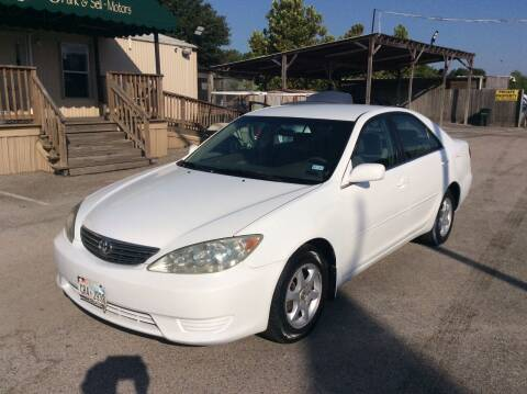 2006 Toyota Camry for sale at OASIS PARK & SELL in Spring TX