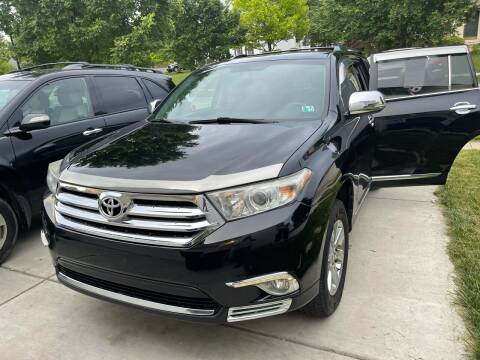 2013 Toyota Highlander for sale at Via Roma Auto Sales in Columbus OH