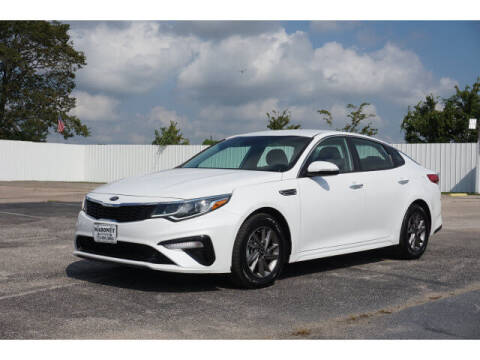 2020 Kia Optima for sale at Maroney Auto Sales in Humble TX