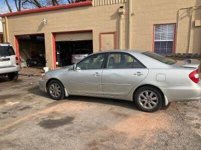 2004 Toyota Camry for sale at Used Car City in Tulsa OK