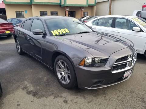 2013 Dodge Charger for sale at Showcase Luxury Cars II in Pinedale CA