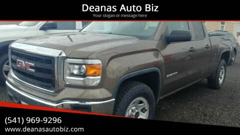 2014 GMC Sierra 1500 for sale at Deanas Auto Biz in Pendleton OR
