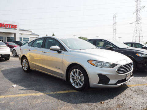 2019 Ford Fusion Hybrid for sale at SIMOTES MOTORS in Minooka IL