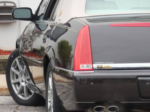 2009 Cadillac DTS for sale at Moto Zone Inc in Melrose Park IL