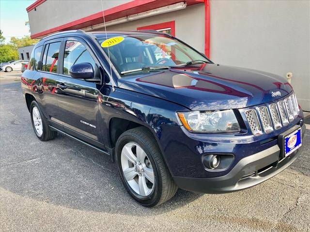 2017 Jeep Compass for sale at Richardson Sales & Service in Highland IN