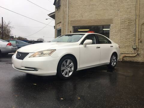 2007 Lexus ES 350 for sale at Strong Automotive in Watertown WI