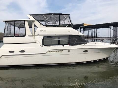 2001 Carver 406 Motor Yacht for sale at Schlotzhauer Auto in Gravois Mills MO