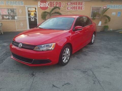 2013 Volkswagen Jetta for sale at VALDO AUTO SALES in Miami FL