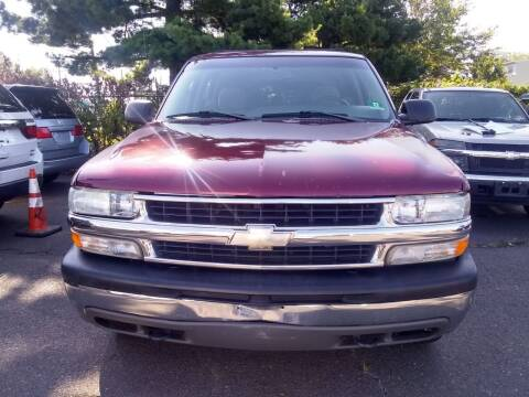 2003 Chevrolet Tahoe for sale at Wilson Investments LLC in Ewing NJ