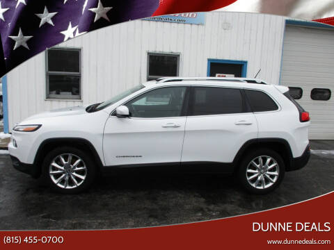 2014 Jeep Cherokee for sale at Dunne Deals in Crystal Lake IL