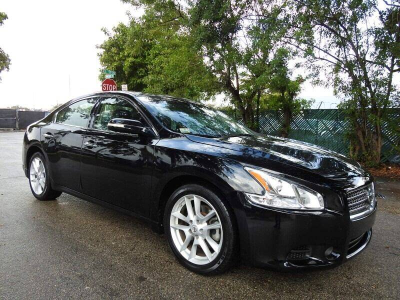 2009 Nissan Maxima for sale at SUPER DEAL MOTORS in Hollywood FL