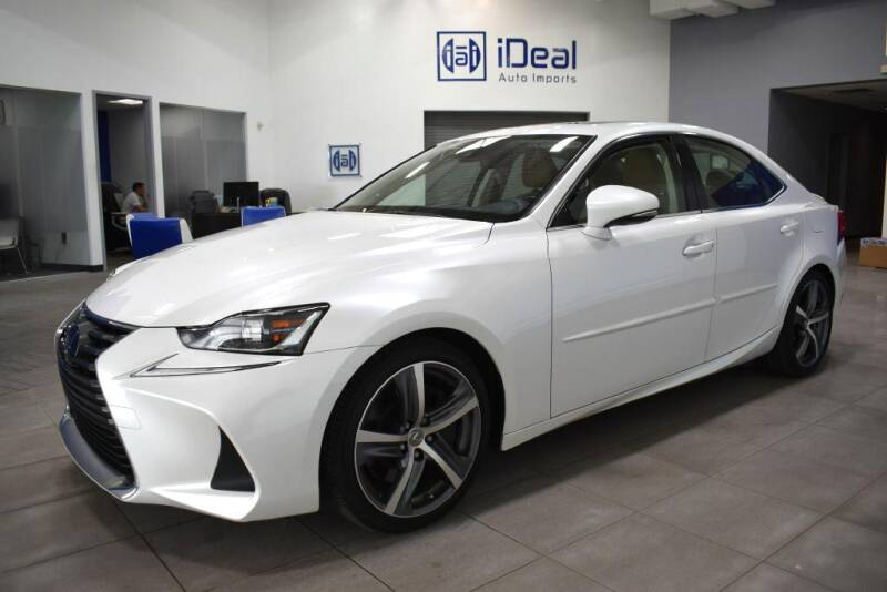 2018 Lexus IS 300 for sale at iDeal Auto Imports in Eden Prairie MN