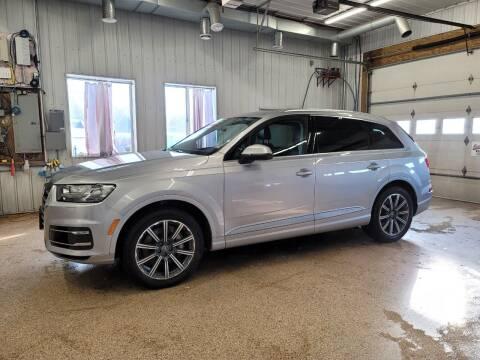 2017 Audi Q7 for sale at Sand's Auto Sales in Cambridge MN