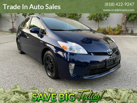 2015 Toyota Prius for sale at Trade In Auto Sales in Van Nuys CA