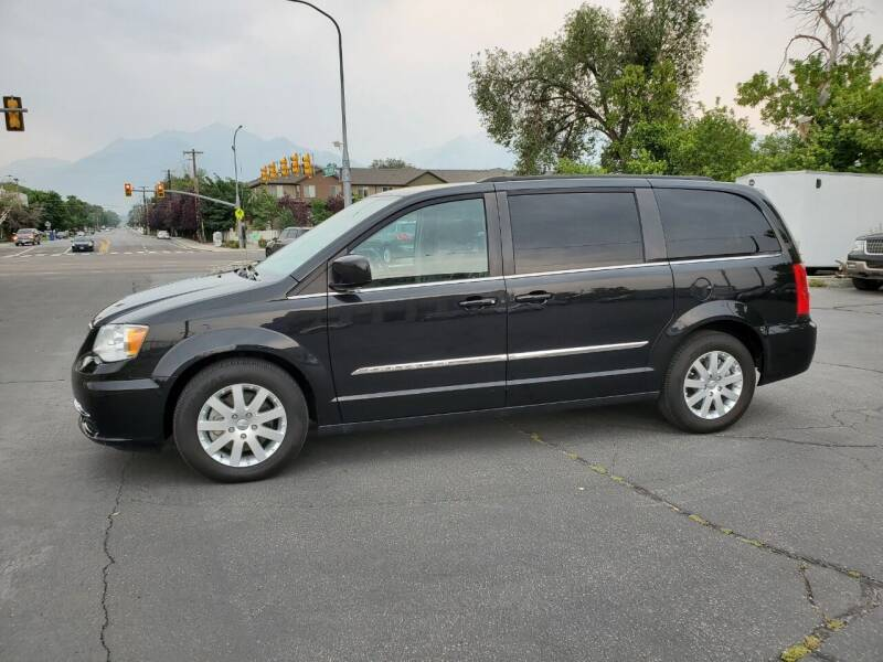 2014 Chrysler Town and Country for sale at UTAH AUTO EXCHANGE INC in Midvale UT