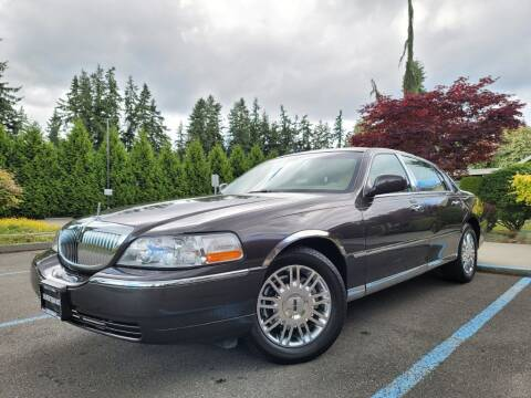 2007 Lincoln Town Car for sale at Silver Star Auto in Lynnwood WA