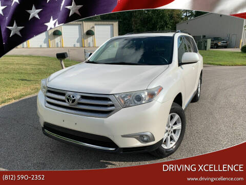 2013 Toyota Highlander for sale at Driving Xcellence in Jeffersonville IN