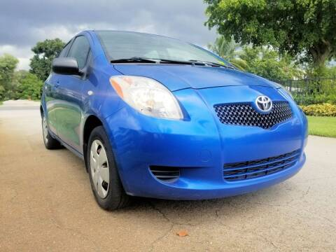 2006 Toyota Yaris for sale at M.D.V. INTERNATIONAL AUTO CORP in Fort Lauderdale FL