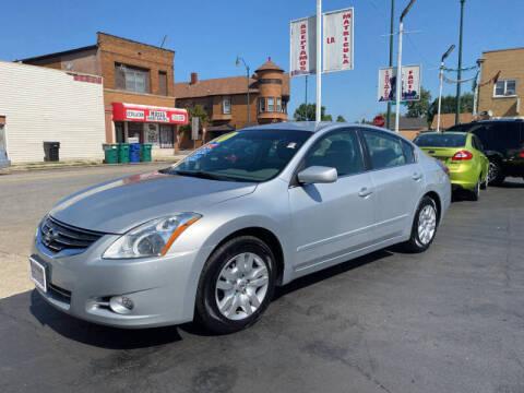 2010 Nissan Altima for sale at Latino Motors in Aurora IL