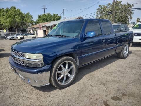 2000 Chevrolet Silverado 1500 for sale at Larry's Auto Sales Inc. in Fresno CA
