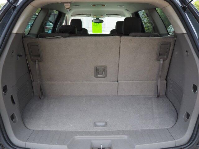 2011 Chevrolet Traverse LS 4dr SUV - Lindstrom MN