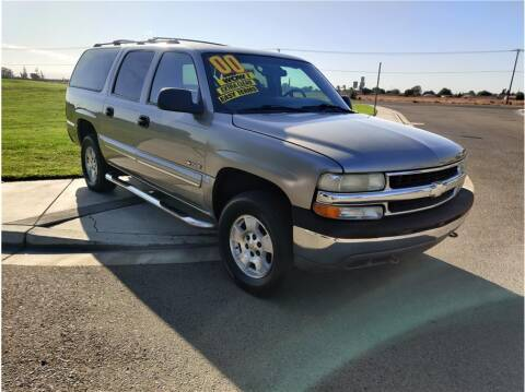 2000 Chevrolet Suburban for sale at D & I Auto Sales in Modesto CA