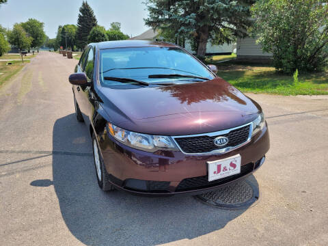 2011 Kia Forte for sale at J & S Auto Sales in Thompson ND