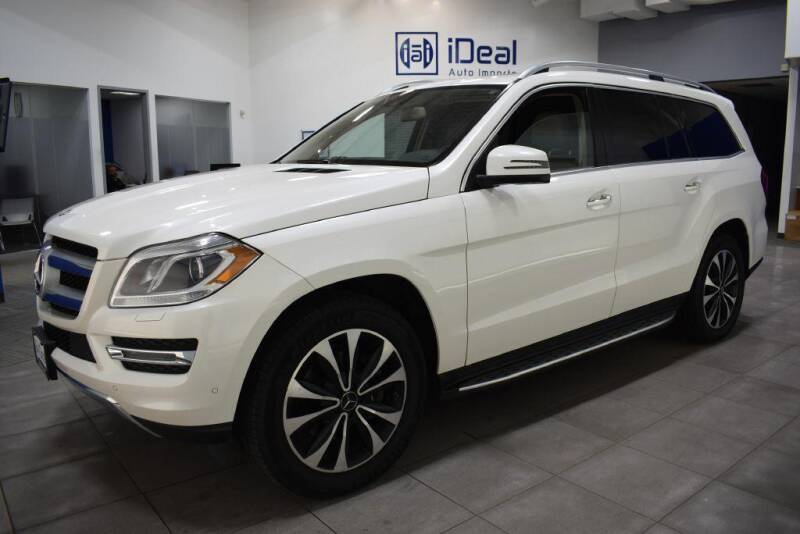 2015 Mercedes-Benz GL-Class for sale at iDeal Auto Imports in Eden Prairie MN