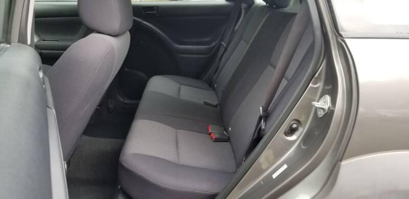 2006 Pontiac Vibe 4dr Wagon - Roxbury MA