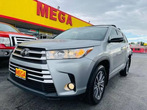 2018 Toyota Highlander for sale at Mega Auto Sales in Wenatchee WA