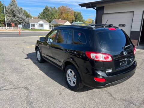 2010 Hyundai Santa Fe for sale at Auto Outlet in Billings MT
