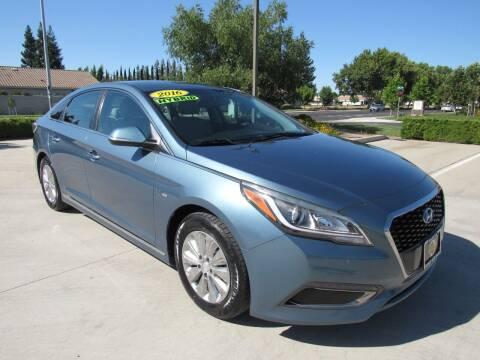 2016 Hyundai Sonata Hybrid for sale at Repeat Auto Sales Inc. in Manteca CA