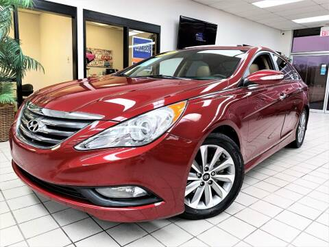 2014 Hyundai Sonata for sale at SAINT CHARLES MOTORCARS in Saint Charles IL