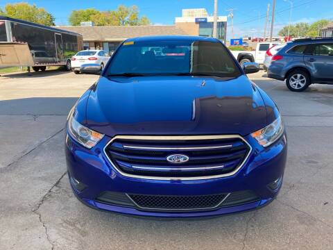 2013 Ford Taurus for sale at GRC OF KC in Gladstone MO
