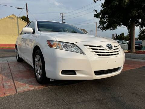 2009 Toyota Camry for sale at Tristar Motors in Bell CA