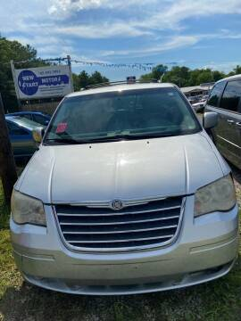 2008 Chrysler Town and Country for sale at New Start Motors LLC - Rockville in Rockville IN