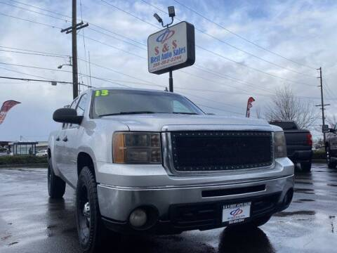2013 GMC Sierra 1500 for sale at S&S Best Auto Sales LLC in Auburn WA