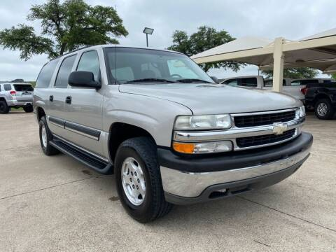 2004 Chevrolet Suburban for sale at Thornhill Motor Company in Hudson Oaks, TX
