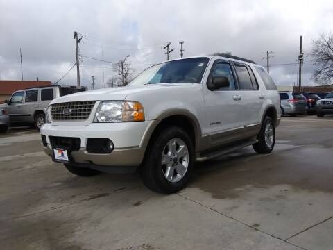 2005 Ford Explorer for sale at EURO MOTORS AUTO DEALER INC in Champaign IL