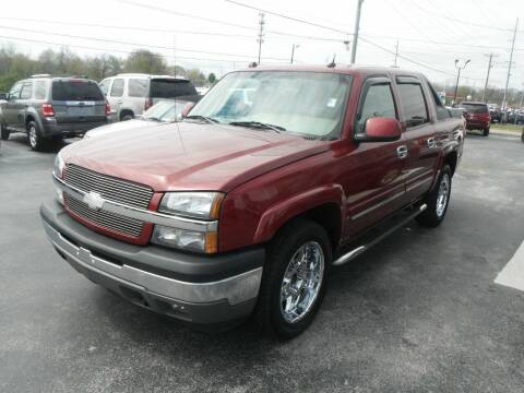 2005 Chevrolet Avalanche for sale at Morelock Motors INC in Maryville TN