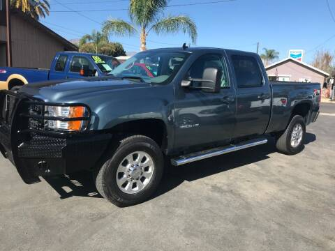 2014 GMC Sierra 2500HD for sale at K & J Auto Exchange in Santa Paula CA