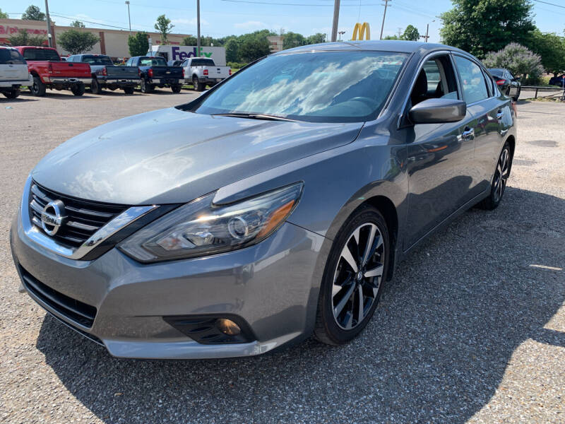2018 Nissan Altima for sale at Safeway Auto Sales in Horn Lake MS