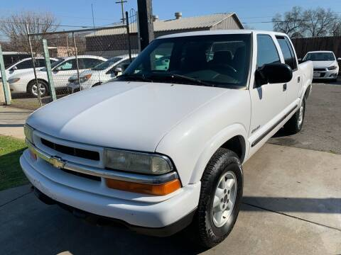 2003 Chevrolet S-10 for sale at River City Auto Sales Inc in West Sacramento CA