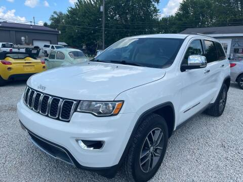 2017 Jeep Grand Cherokee for sale at Davidson Auto Deals in Syracuse IN